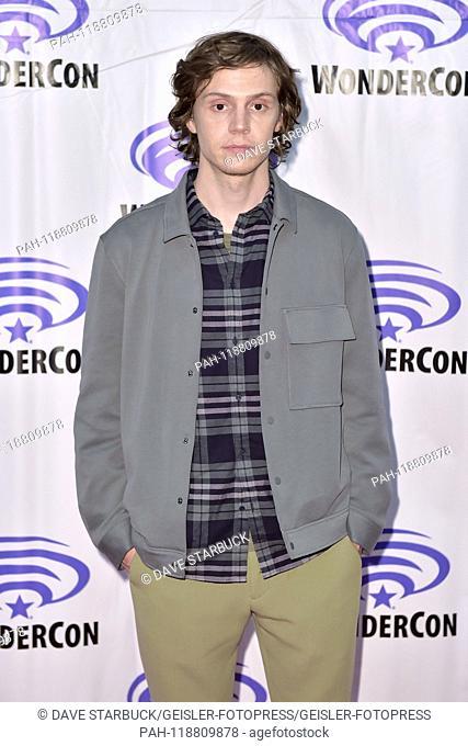Evan Peters at Photocall on 'X-Men: Dark Phoenix' at WonderCon 2019 at the Anaheim Convention Center. Anaheim, 29.03.2019   usage worldwide