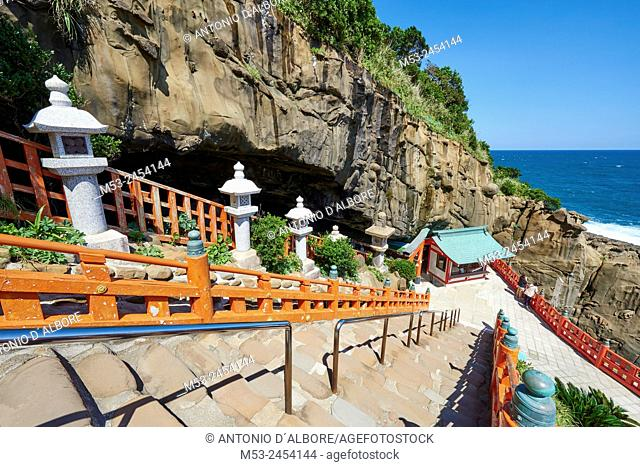 The staircase that bring to the main terrace of Uso-Jingu Taoist temple. The terrace is facing huge rocks in the Sea of Hyuga. Nichinan City