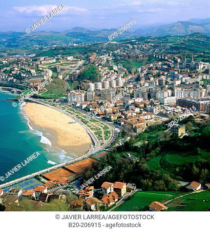 Ondarreta Beach and  'El Antiguo' quarter, view from Monte Igueldo. San Sebastian (Donostia), Guipuzcoa province, Basque Country, Spain