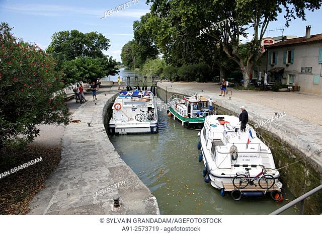 France, Languedoc-Roussillon, Herault, cities of Beziers, Serignan and surroudings, Canal du Midi