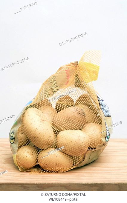 potatoes in net bag