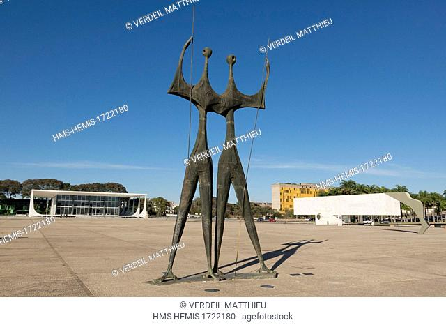Brazil, Brasilia, listed as World Heritage by UNESCO, three powers up, sculptures Os Guerreiros, warriors (or pioneers) or Monumento Candagos (manufacturers) by...