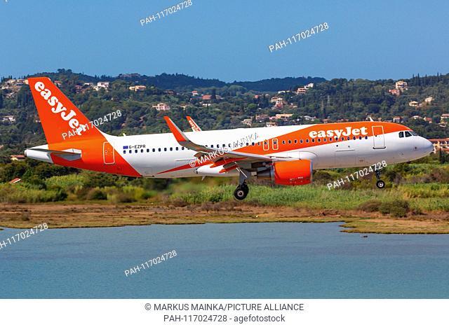 Corfu, Greece – 13. September 2017: Easyjet Airbus A320 at Corfu airport (CFU) in Greece. | usage worldwide. - Corfu/Greece
