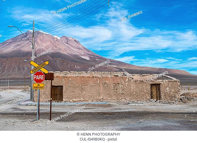 The border town of Ollague between Chile and Bolivia, Antofagasta, Chile, South America