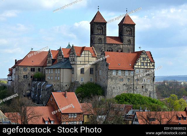 Schloss und Stiftskirche in Quedlinburg (Deutschland)