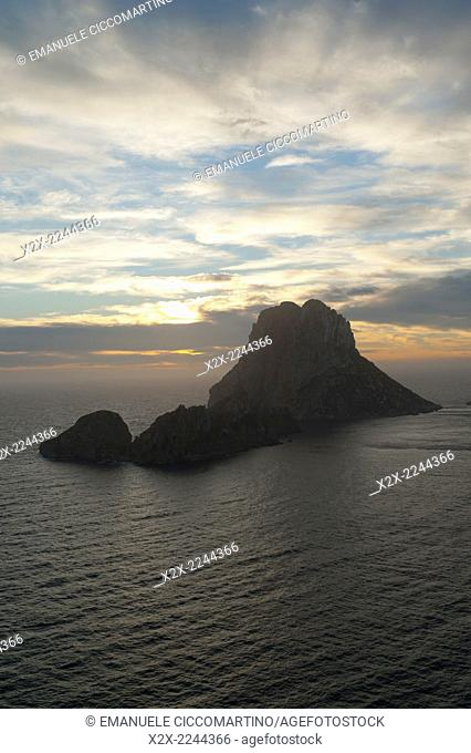Sunset, Es Vedrà and Vedranell, Ibiza, Balearic Islands, Spain, Mediterranean, Europe