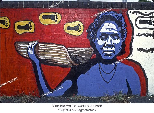 commemorative painting for 200 years of white colonization on a 40000-year-old tribal land, aboriginal community at hervely street, the ''harlem'' of Sydney