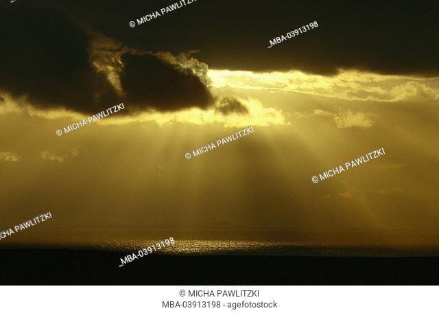 Sea, cloudy heaven, sunbeams, sunset, outlook, back light