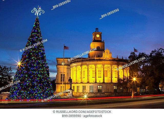 CHRISTMAS TREE CITY HALL CORAL GABLES FLORIDA USA