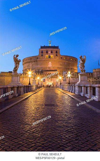 Italy, Rome, Castle Sant' Angelo, Ponte Sant'Angelo