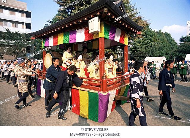 Japan, island Honshu, Tokyo, Sensoji temples, Jidai Matsuri festival, parade, men, litter, geishas, carries makes music, series, Asia, East-Asia, Asakusa