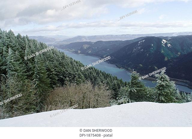 washington, united states of america, view of columbia river gorge from dog mountain