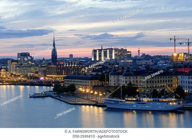 STOCKHOLM, SWEDEN CITY SKYLINE AT DUSK