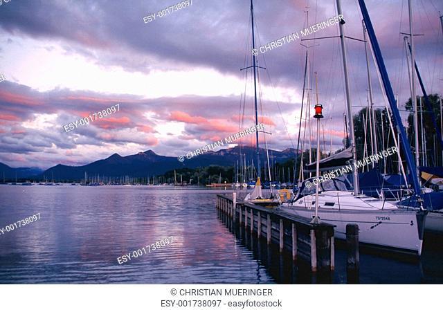 Evening mood at the lake