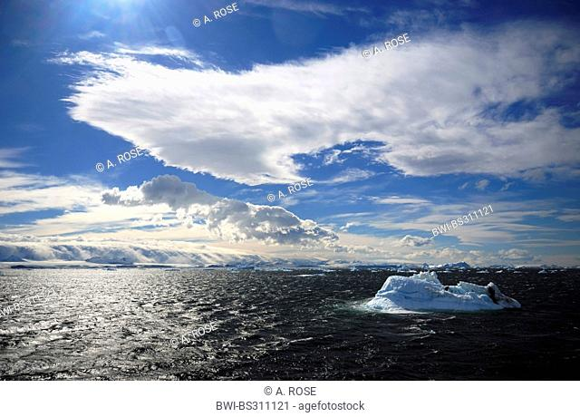 panoramic view over the Weddell Sea at the peninsula coast in the 'Larsen A' area, Antarctica