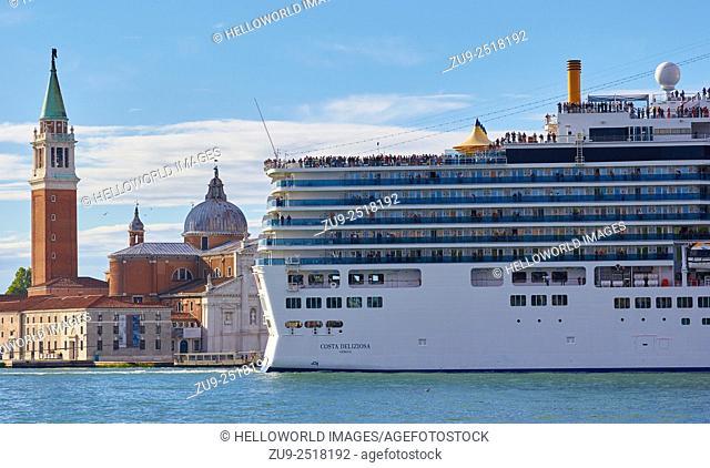 Giant cruise liner passing Basilica di San Giorgio Maggiore, Venice, Veneto, Italy, Europe