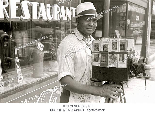 African American Itinerant photographer in Columbus, Ohio 1935