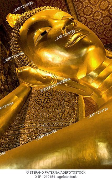 Wat Pho Temple, Reclining Buddha. Bangkok, Thailand