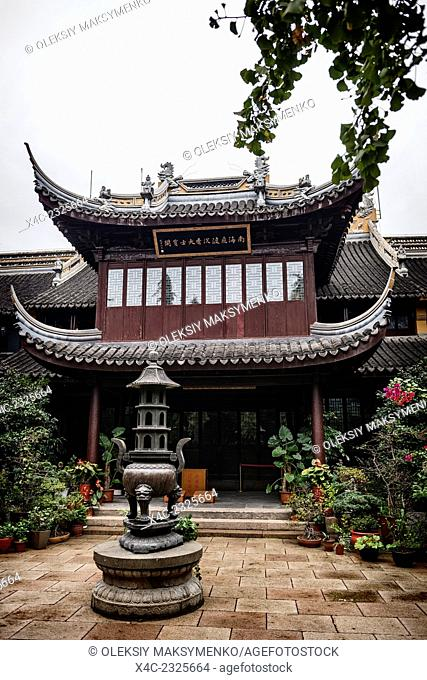 Chen Xiang Buddhist monastery courtyard in the old city of Shanghai, China