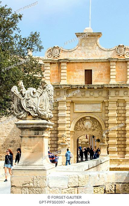 CITY GATE OF MDINA, OLD FORTIFIED MEDIEVAL CITY AND FORMER CAPITAL OF MALTA, MDINA, MALTA