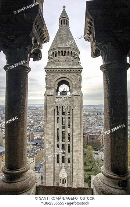 Detail of basilica Sacre Coeur under clouded sky, Montmartre, Paris, France, Europe