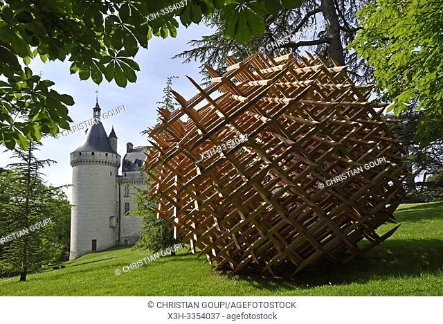 """""""""""""""""""""""Geometrie discursive"""""""", installation de Vincent Mauger, dans le parc historique du Chateau, Domaine de Chaumont-sur-Loire, departement Loir-et-Cher"""