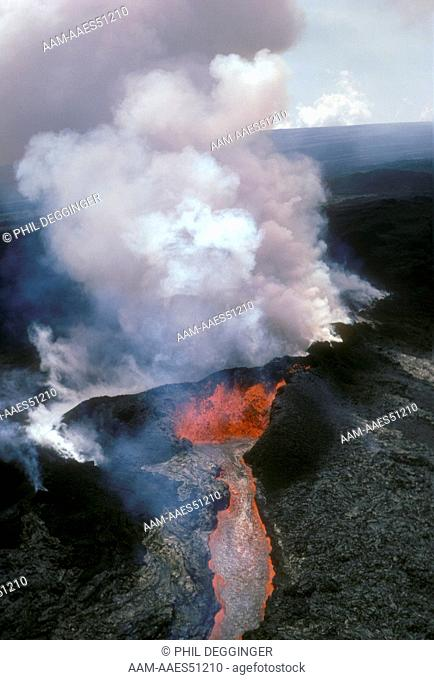4/84 Mauna Loa Eruption at 9,500 ft. Hawaii