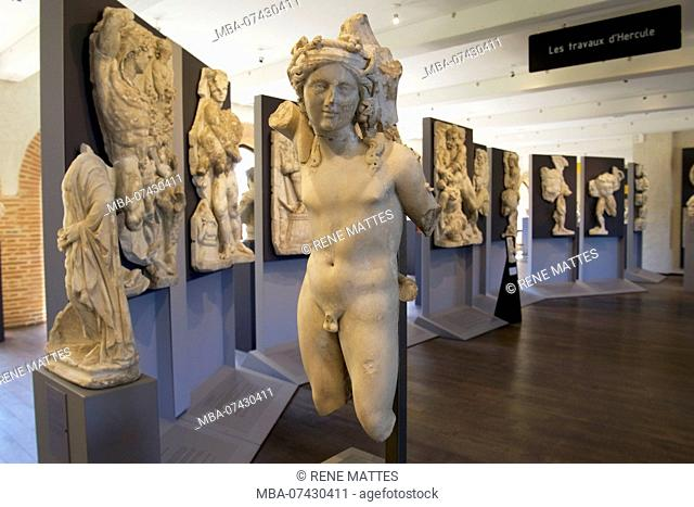 France, Haute Garonne, Toulouse, St. Raymond Museum, Chiragan, 1826 excavations, the 12 labors of Hercules, marble statue of Bacchus
