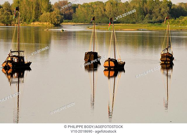 France, Indre et Loire, Loire Valley, listed as a World heritage site by UNESCO, Brehemont, traditionnal boat on the Loire river