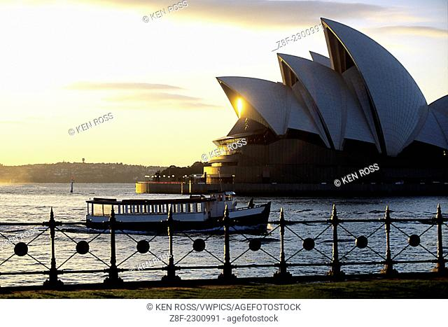 Sydney Opera House at Sunrise, Sydney, Australia