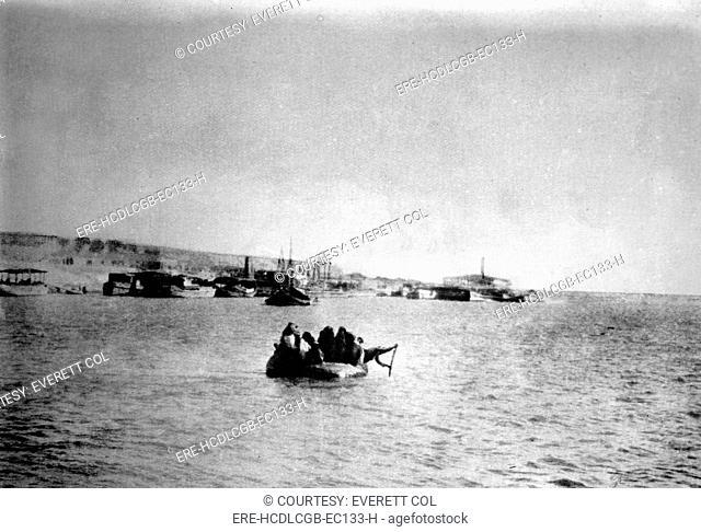 Iraq, Kut-El-Amara from the Tigris River, circa 1920s