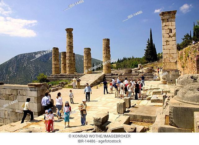 Temple of Apollon, doric columns, Delphi, Greece