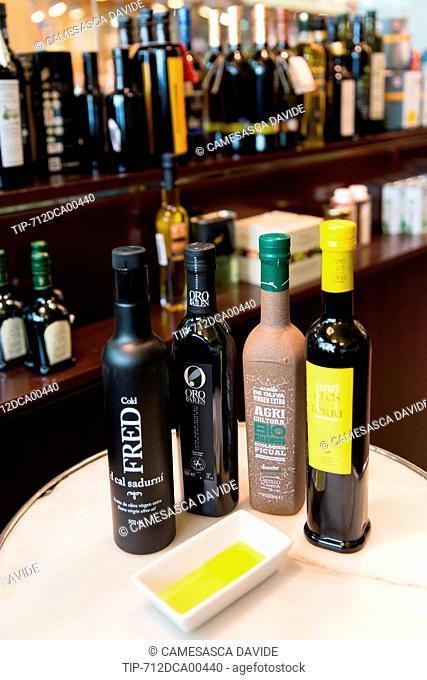 Spain, Catalonia, Barcelona, Santa Caterina market, Olive oils at OliSoliva.com