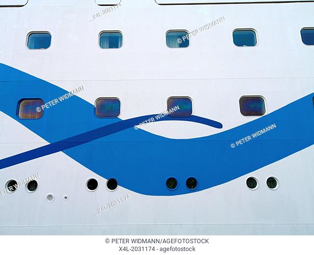cruising ship, Portugal, Madeira, Funchal.1015