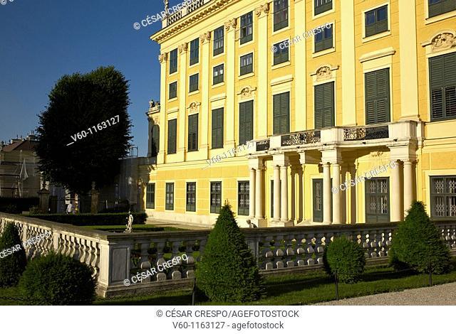 -Shönbrunn Palace- Wien (Austria)