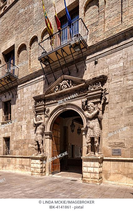 Doorway of the Palacio de los Condes Morata o des Luna, Zaragoza, Aragon, Spain