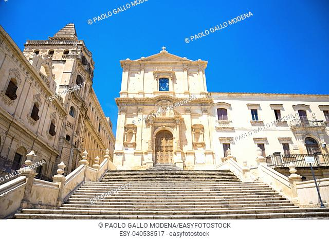 San Francesco is one of many new churches built after the city of Noto was virtually destroyed by the earthquake of 1693. Baroque style