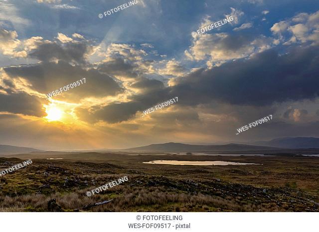 Great Britain, Scotland, Scottish Highlands, Glencoe, Rannoch Moor, Loch Beinn Chaorach and Loch Ba, Sunrise