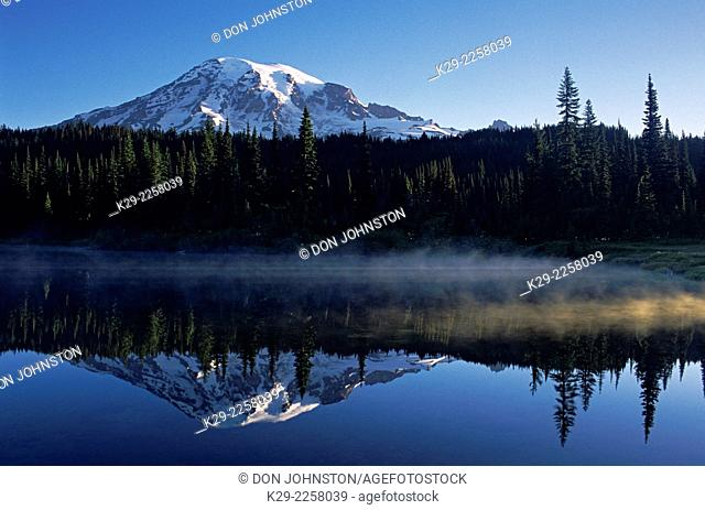 Mt. Rainier and Reflection Lakes, Mt. Rainier National Park, Washington, USA