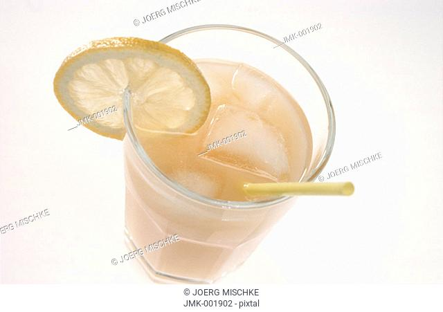 A glass of ice tea with atwist of lemon and a straw