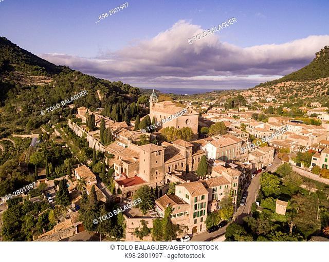Cartuja and palace of King Sancho, Valldemossa, Sierra de Tramuntana, Mallorca, Balearic Islands, spain, europe