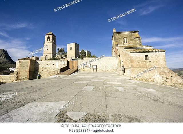 mirador Ali-Ben Falcún, Al Baezi, Alora Castle, siglo X, Cerro de Las Torres. monumento nacional, Álora, Malaga, Andalucia, Spain
