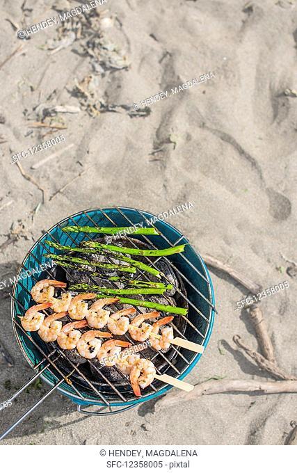 Prawns and asparagus bbq, beach location
