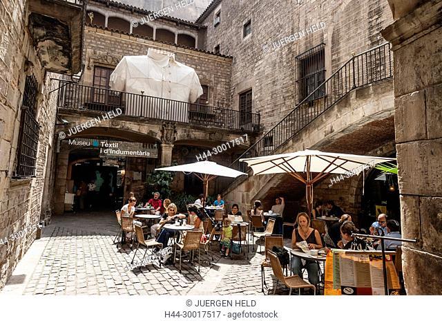 Spain, Catalonia, Catalunya, Barcelona, barri gotic, calle montcada, marqueses de lio palace, Textile and Fashion Museum