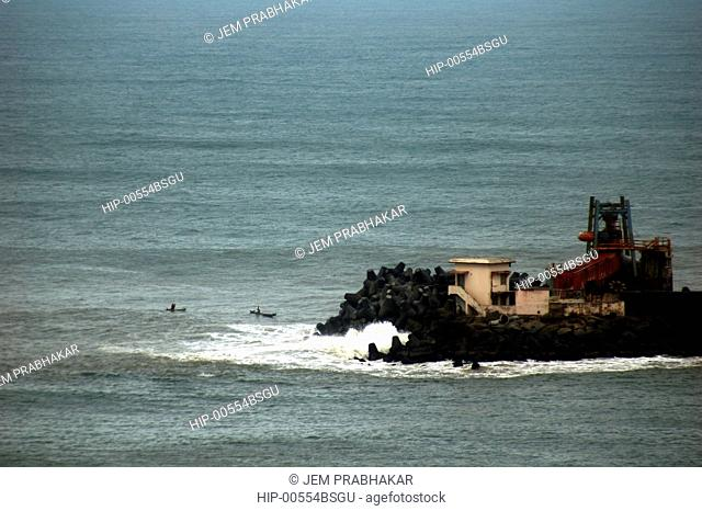 THE COASTLINE IN VIZHINJAM, TRIVANDRUM, KERALA, INDIA