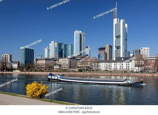 Freighter on the Main in front of the city centre, Frankfurt on the Main, Hessen, Germany