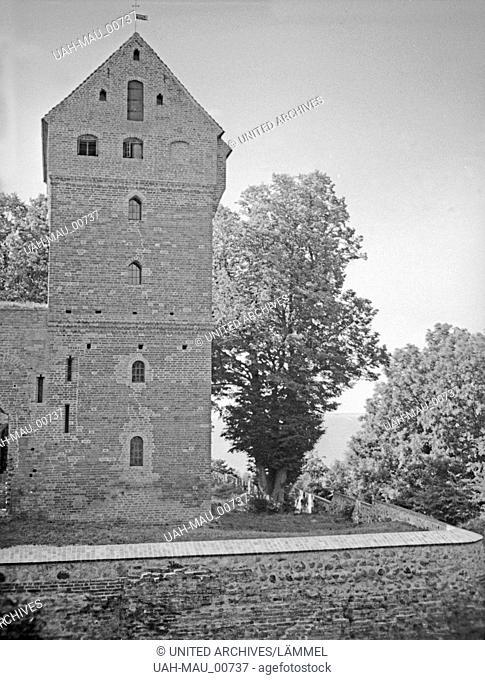 Die Ordensburg in Balga in Ostpreußen, 1930er Jahre. View of the Ordenburg at Balga, East Prussia, 1930s
