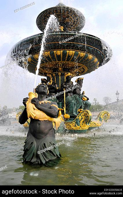 Fountain in Concorde square, Paris