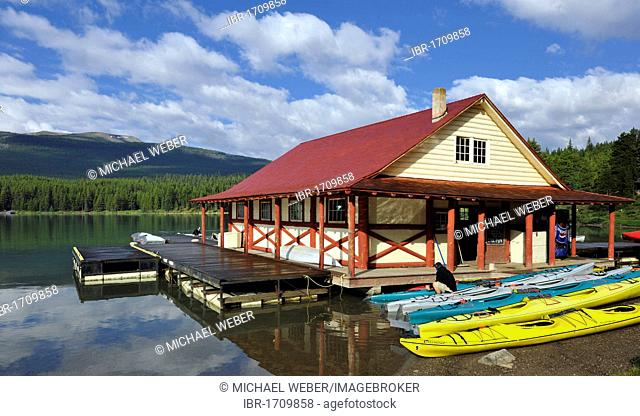 Historic boathouse on the shore of Maligne Lake, Maligne Valley, Jasper National Park, Alberta, Canada
