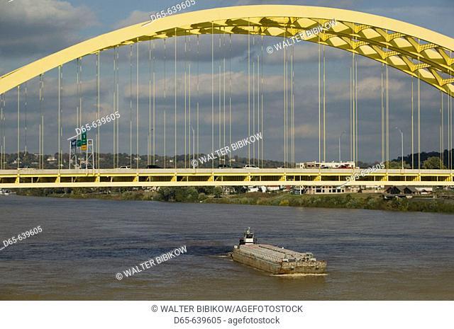 Daniel Carter Beard Bridge Span and Ohio Riverboat. Cincinnati. Ohio. USA